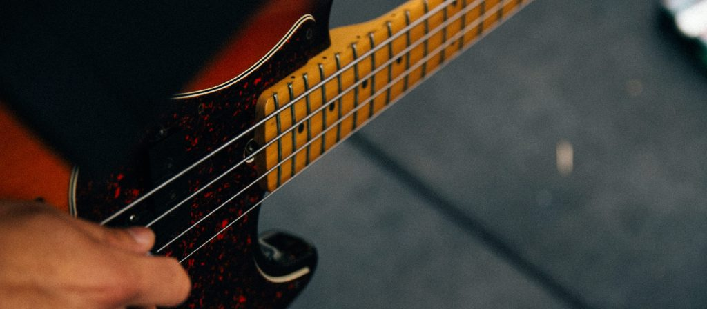 Being a bassist for a worship team – gloryfall